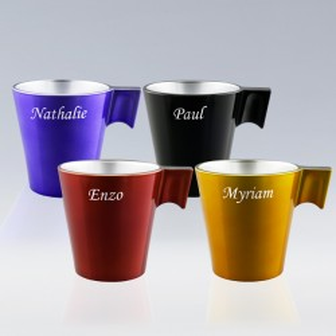 4 mugs personnalisés avec prénoms