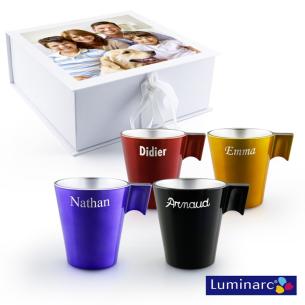 4 mugs dans coffret personnalisé avec photo
