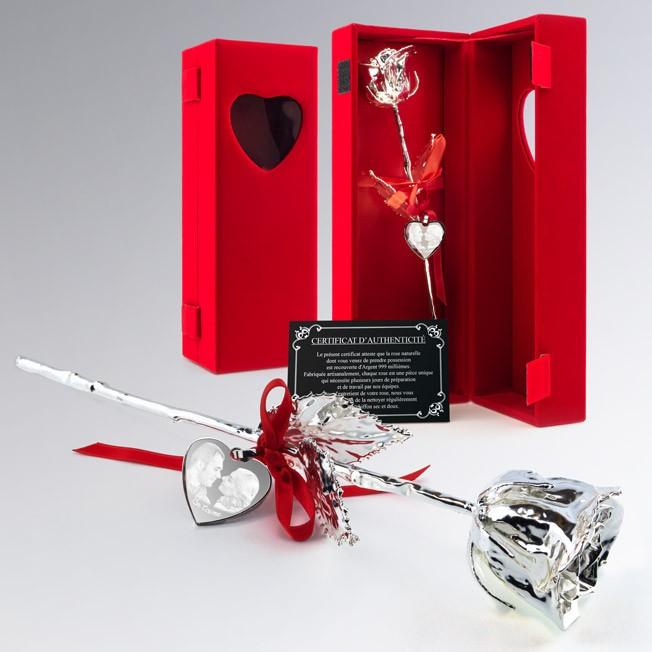 Rose en argent dans son coffret velours rouge personnalisée avec photo