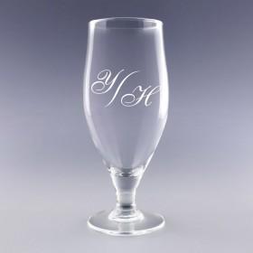 Verre à bière personnalisé de vos initiales. Un cadeau élégant pour les amateurs brasseurs