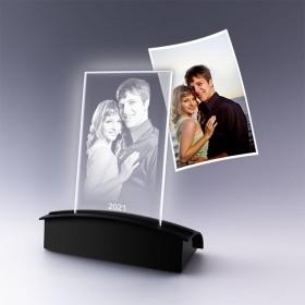 Plaque photo gravée avec  votre photo posée sur socle lumineux