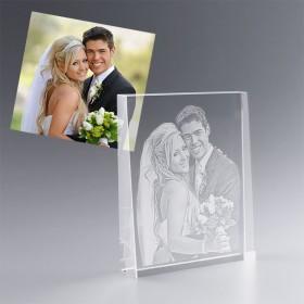 Cadeau de mariage personnalisé - Trophée Trapèze en verre gravé avec photo