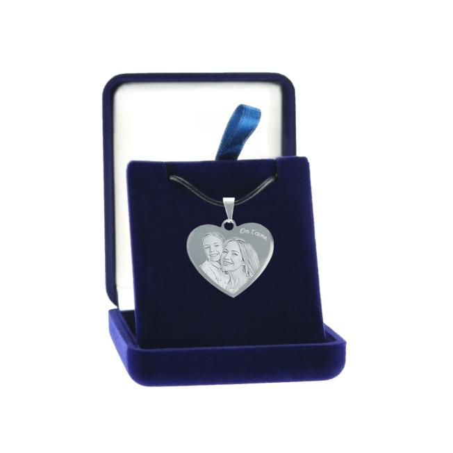 pendentif coeur grave dans écrin cadeau