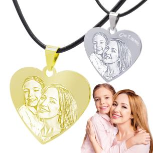 bijou pendentif coeur existe en doré et argenté