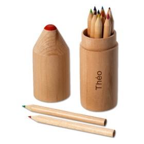Set de crayons de couleurs en bois gravé