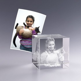 Cube en Verre 6 cm Gravure 3D