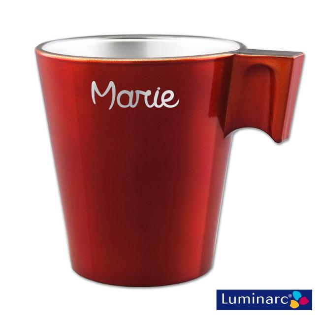 votre prénom gravé sur ce Mug Rouge en Verre Effet Métal Luminarc