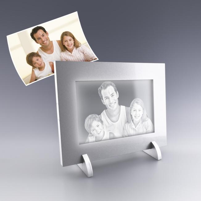 Cadre photo éclairé et gravé au laser