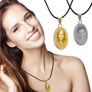 bijoux photo ovale avec photo